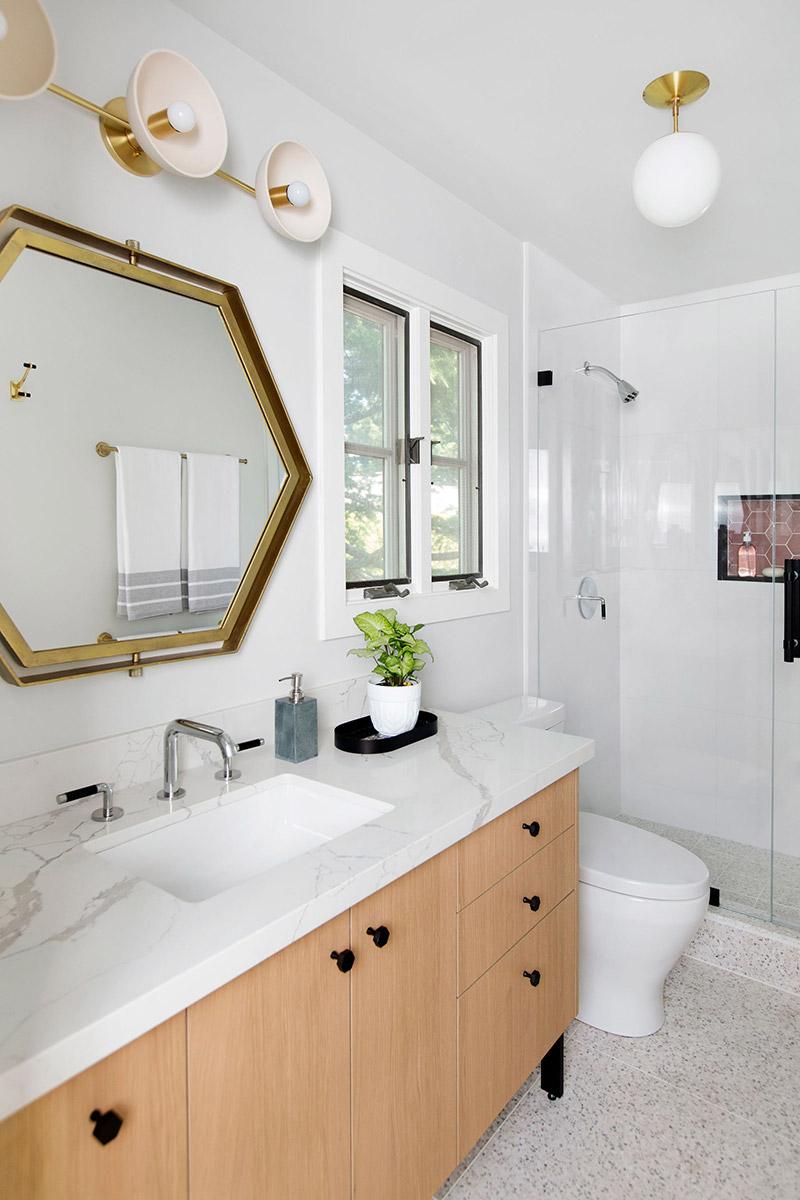 Melinda Mandell Interior Design Menlo Park Bathroom, Photography by Michelle Drewes